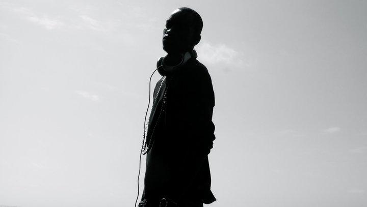 Kanye Meets Angola on the Dancefloor