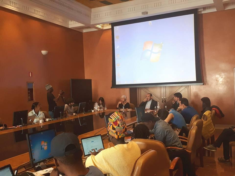 photo: AECID cultura - closing remarks on buzz meets biz