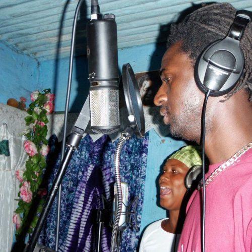 Jali's Konteh Kunda studio in Gambia – We need your gear!